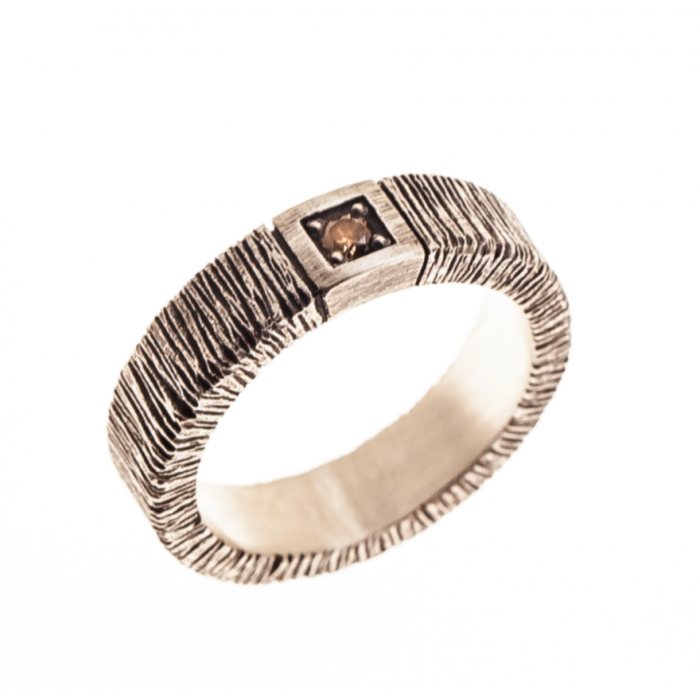 Anillo plata y diamante brown.