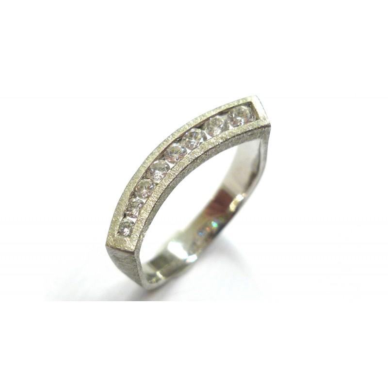 5a9fedf54400 Anillo oro blanco y brillantes - Joyería Agüeras