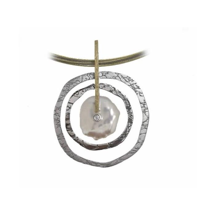 Colgante de plata, oro, perla barroca y diamante