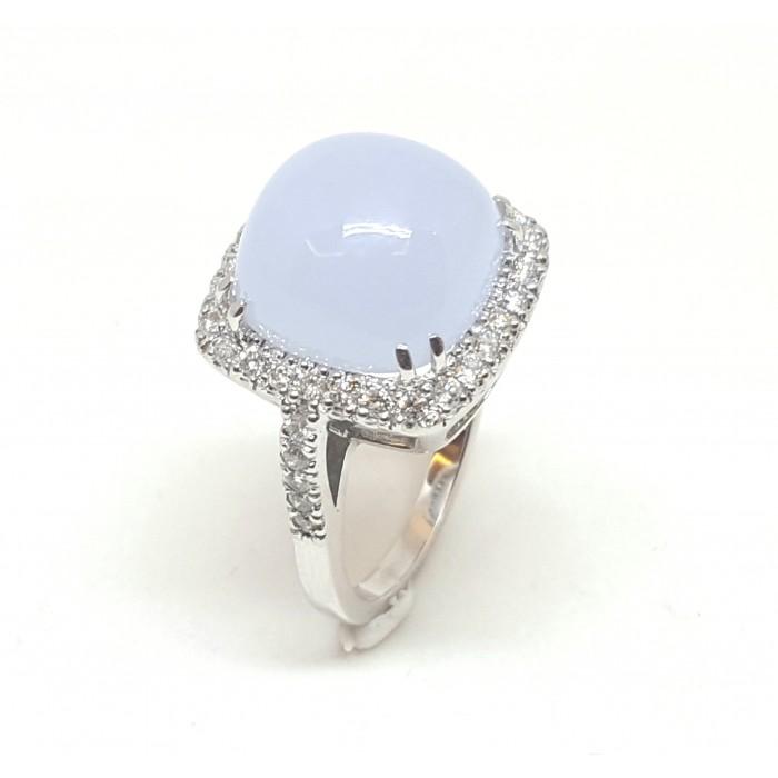 Anillo oro blanco, calcedonia y diamantes